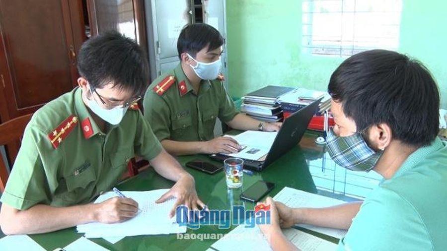 Quảng Ngãi: Xử phạt đối tượng giả mạo Cổng thông tin điện tử UBND tỉnh và UBND huyện Bình Sơn 7,5 triệu đồng
