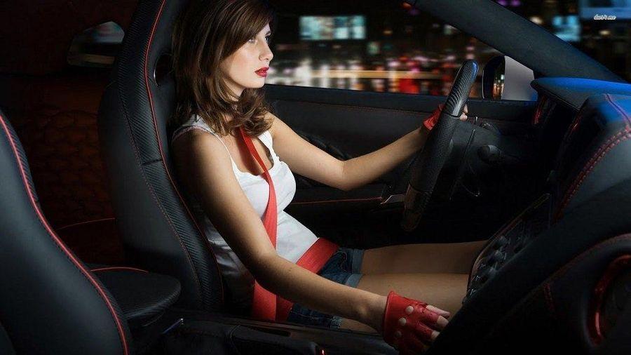Xe bị kẹt chân côn xử lý như thế nào?