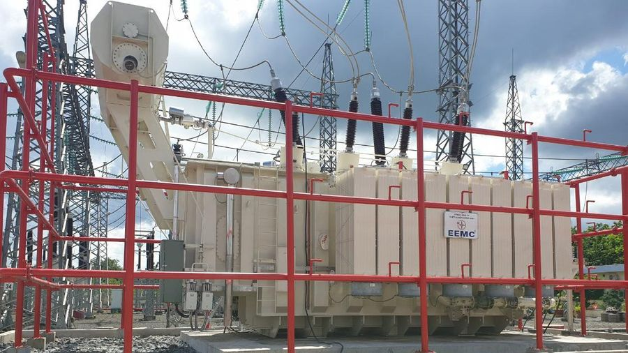 Đóng điện công trình nâng công suất TBA 220 kV Bình Long