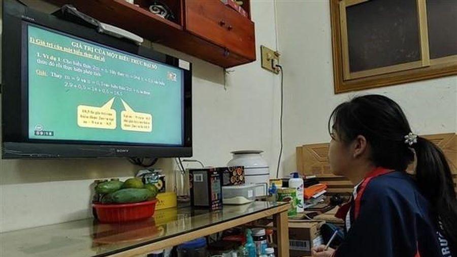 Bộ Giáo dục và Đào tạo mở rộng cơ hội tiếp cận giáo dục cho học sinh bằng dạy học trực tuyến