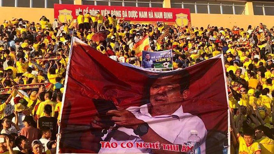 Nam Định FC nhận án phạt vì hành động phản cảm của cổ động viên đội nhà