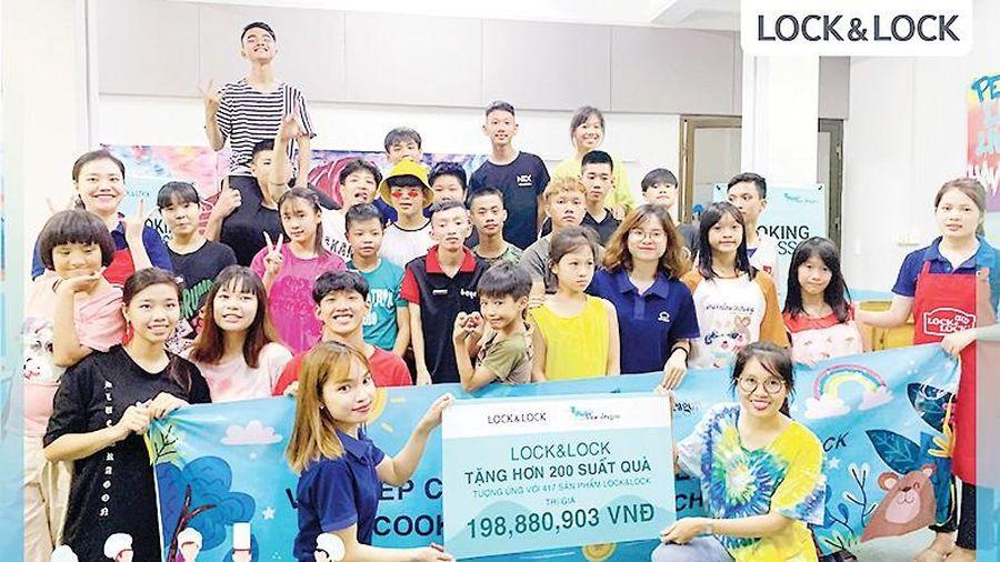 LOCK&LOCK tổ chức lớp dạy nấu ăn cho trẻ có hoàn cảnh đặc biệt