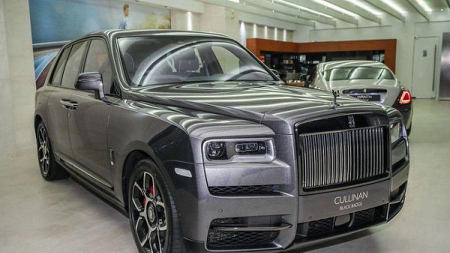 Cận cảnh Rolls-Royce Cullinan Black Badge chỉ hơn 9 tỷ ở Malaysia