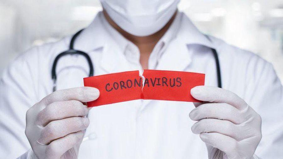 3 chuyên gia được đích thân Quyền Bộ trưởng Y tế mời làm cố vấn chống COVID-19 là ai?