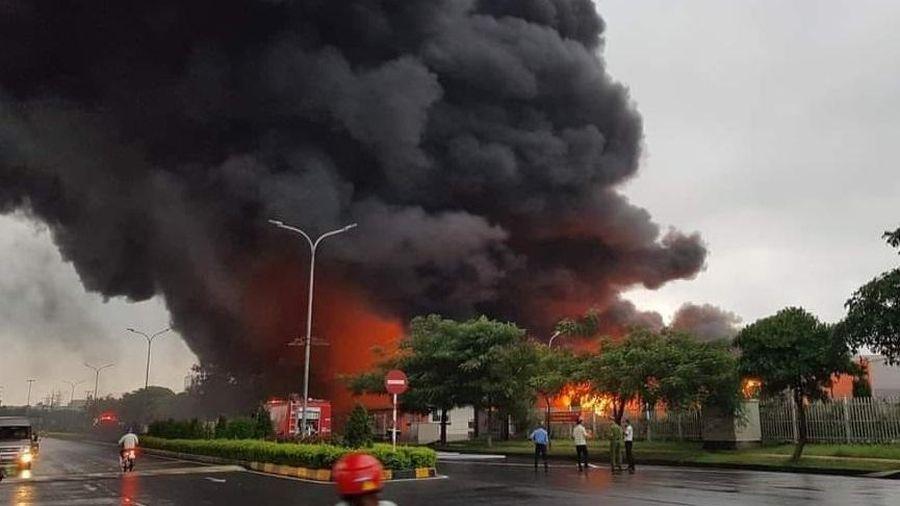Cháy lớn tại KCN Yên Phong, Bắc Ninh