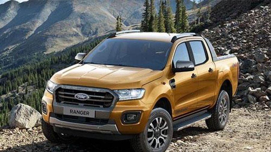 'Vua bán tải' Ford Ranger giảm giá 75 triệu trong tháng 8