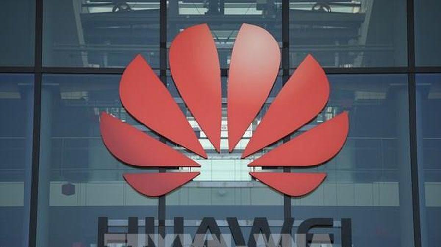 Mỹ cấm các cơ quan chính phủ mua thiết bị của các hãng công nghệ Trung Quốc