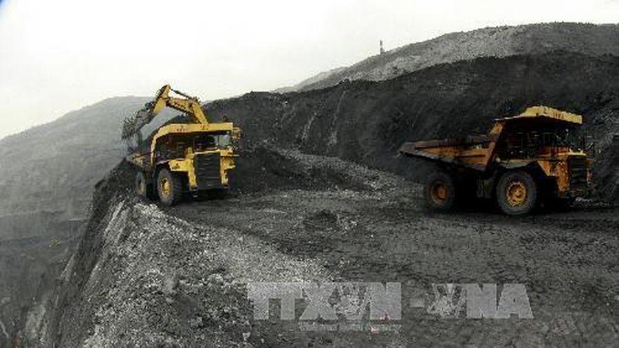 Nguy cơ sạt lở, sụt lún khu vực bãi thải mỏ than Minh Tiến