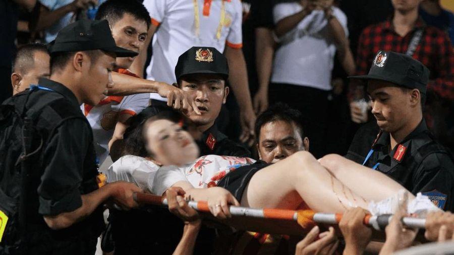 CLB Nam Định kêu gọi quyên góp cho người bắn pháo gây thương tích