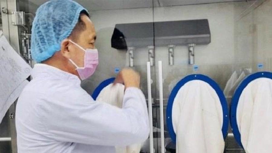Sẽ sớm có vắc-xin và thuốc đặc trị Covid-19 'made in Vietnam'?