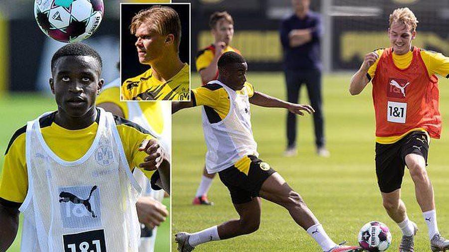 Erling Haaland ngả mũ thánh phục 'thần đồng' 15 tuổi của Dortmund