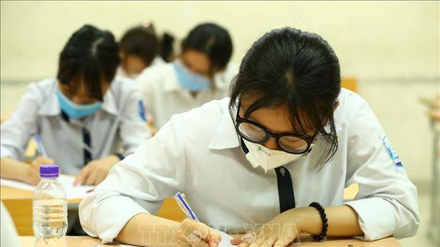 Hà Nội: Khu vực chấm thi tốt nghiệp THPT được bảo mật và an toàn phòng dịch