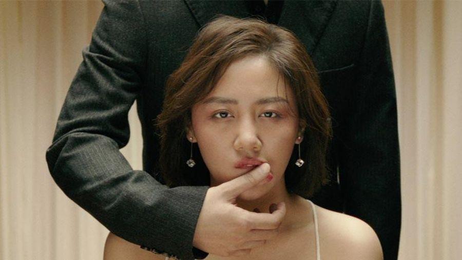 Văn Mai Hương làm MV kết hợp với 'gà' mới công ty Sơn Tùng M-TP