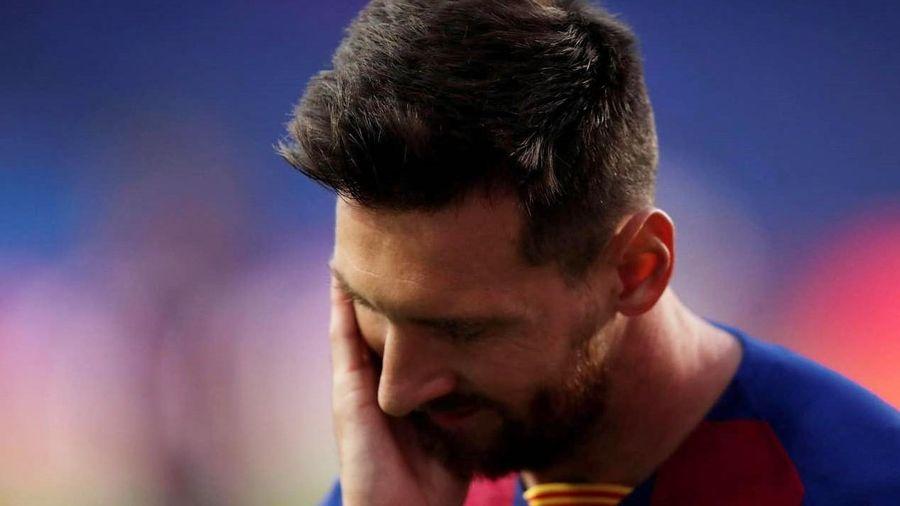 Messi ôm mặt đau khổ trong đêm kinh hoàng của Barca