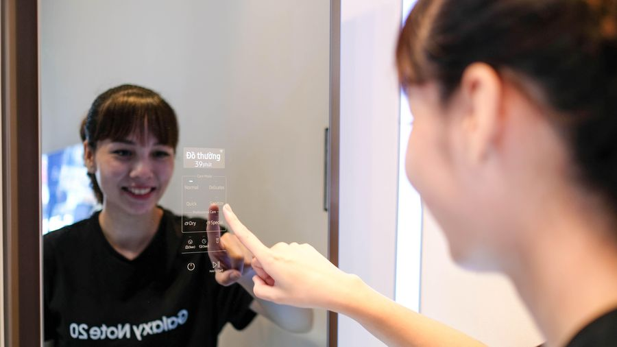 Tủ quần áo thông minh giá hơn 40 triệu đồng của Samsung