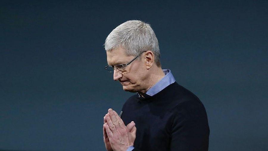 Apple đang ngồi trên đống lửa
