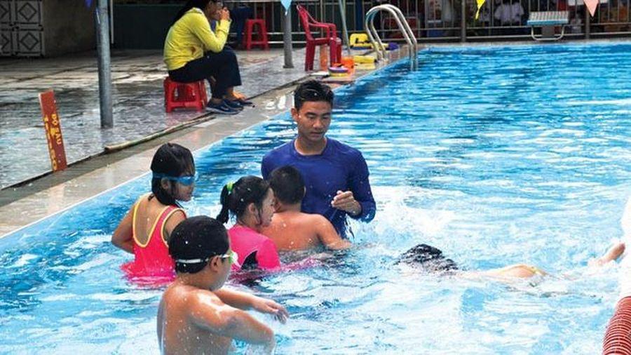 Tăng cường dạy bơi trong nhà trường bằng nhiều hình thức