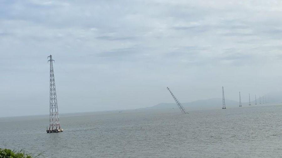 Trụ điện cao thế vượt biển ở Kiên Giang bị đổ nghiêng, đảo Hòn Tre bị mất điện nhiều giờ
