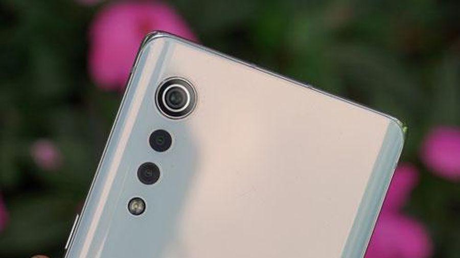 Smartphone 5G, chống nước, RAM 8 GB, pin 4.300 mAh, giá gần 14 triệu