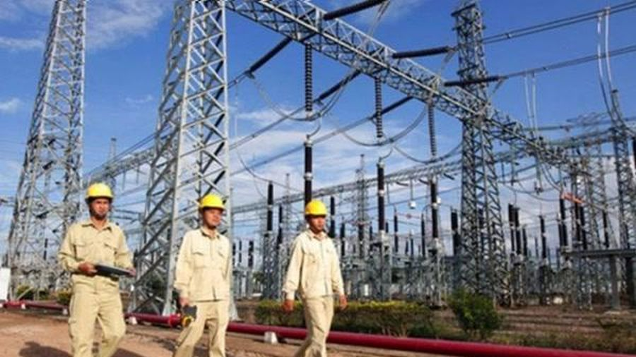 Bức tranh ngành điện nửa đầu năm: Hạn hán, dịch bệnh khiến doanh nghiệp lao đao