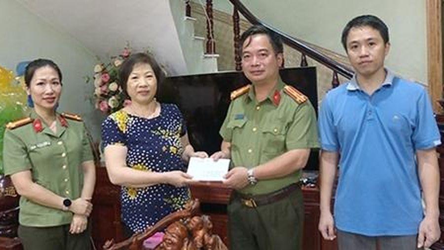 Công an tỉnh Phú Thọ tri ân các gia đình chính sách