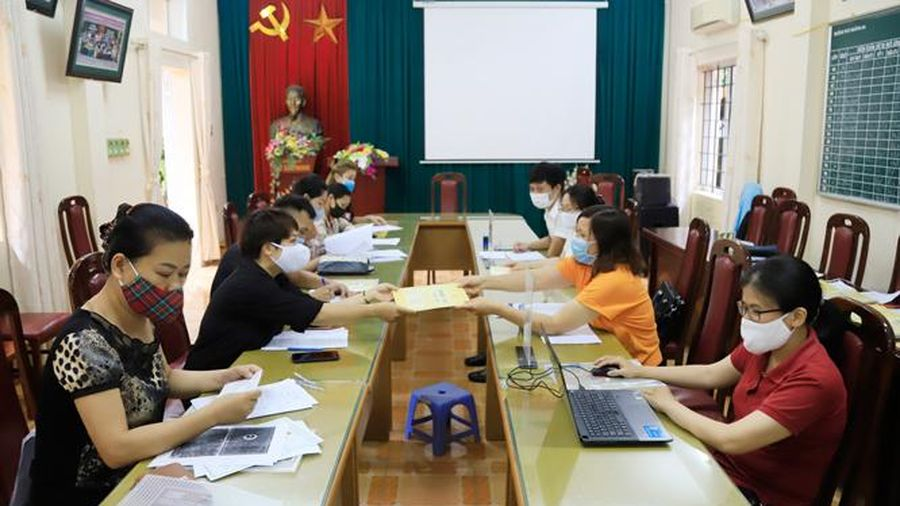 Tuyển sinh đầu cấp tại Hà Nội: Công khai, minh bạch, giảm ''nhiệt''