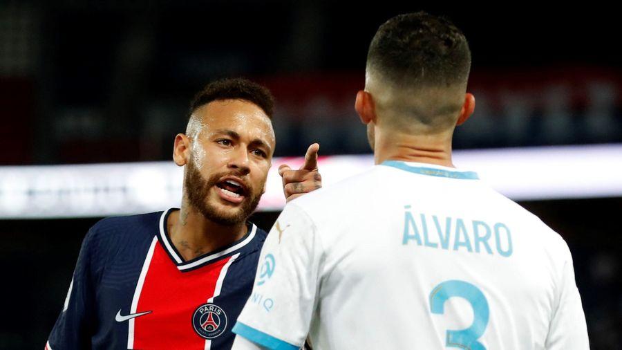 Neymar bị cấm thi đấu 2 trận