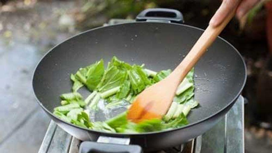 Sai lầm tai hại khi xào, nấu rau xanh hầu như ai cũng mắc phải