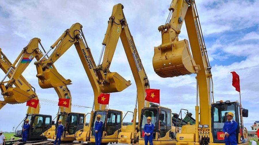 Khởi công tuyến đường bộ đoạn ven biển Nam Định