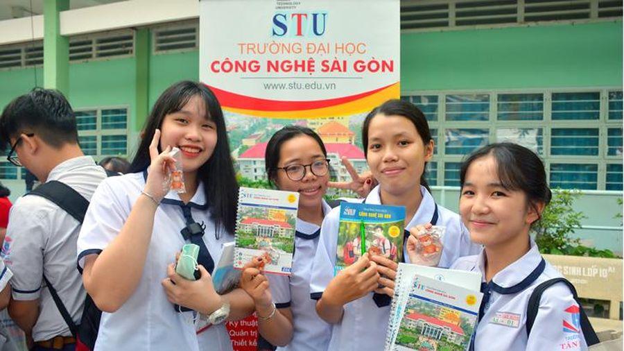 Điểm sàn vào Trường ĐH Công nghệ Sài Gòn từ 15 -16 điểm