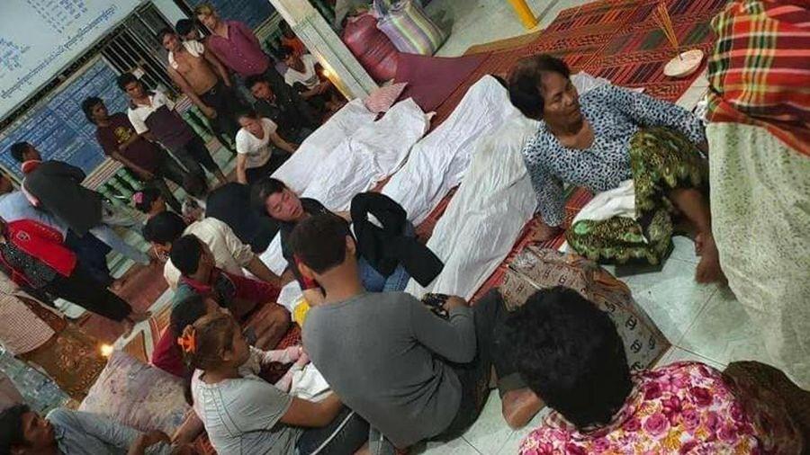 Campuchia: Gia đình đang ăn tiệc thì sét đánh trúng, 10 người thương vong