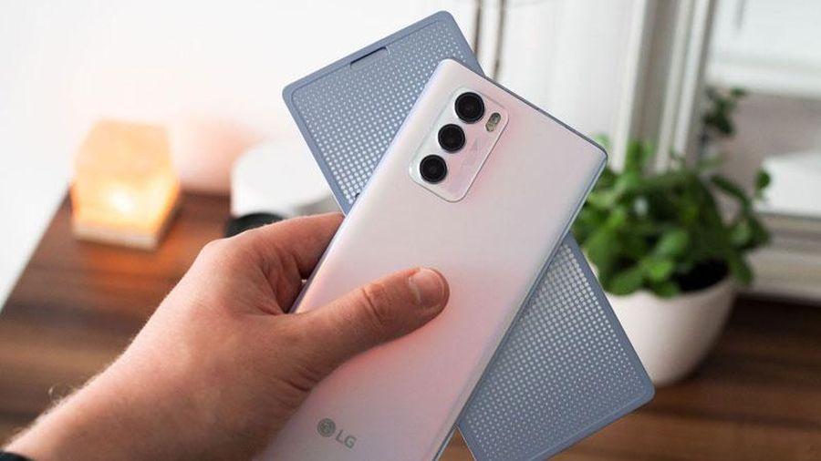 Trên tay LG Wing 5G: Màn hình xoay 'độc nhất vô nhị', chip S765G, chống nước