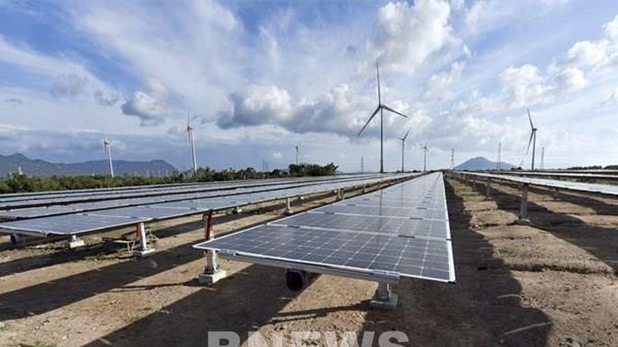 Sớm gỡ khó cho các dự án điện mặt trời mái nhà ở Gia Lai