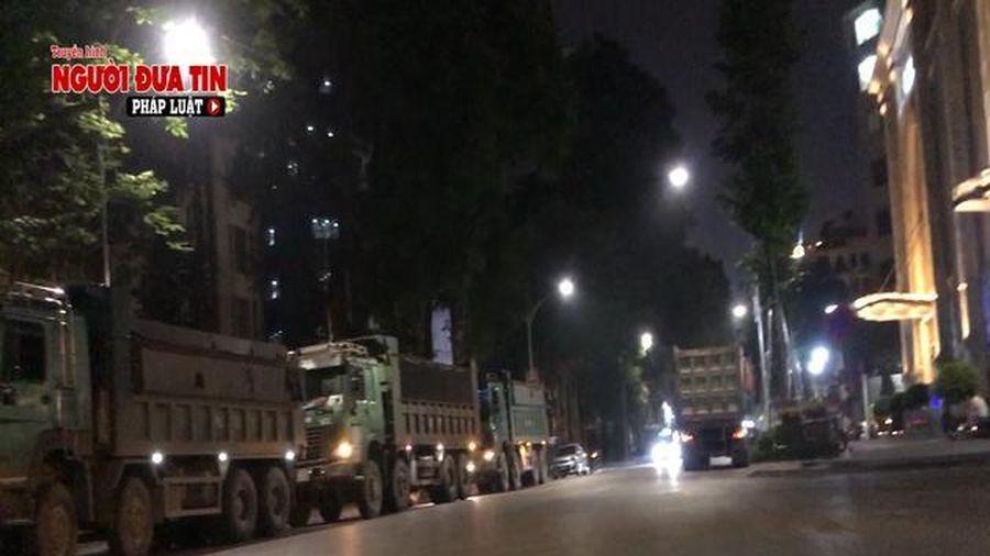 Đoàn xe từ Hà Nội 'rồng rắn' lên Bắc Ninh đổ trộm phế thải trong đêm