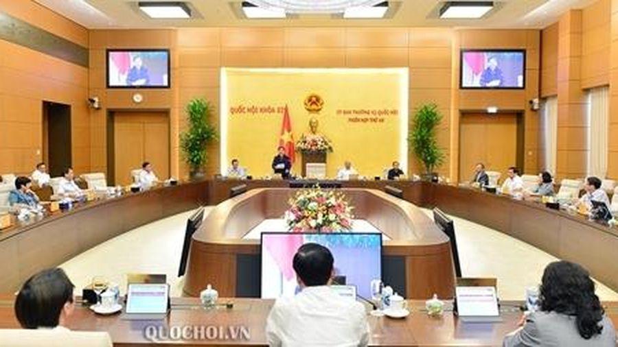 Bế mạc phiên họp thứ 48 Ủy ban Thường vụ Quốc hội