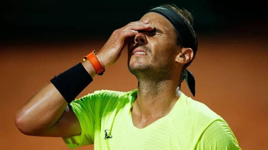 Nadal thua sốc, Djokovic thẳng tiến vào bán kết Rome Masters