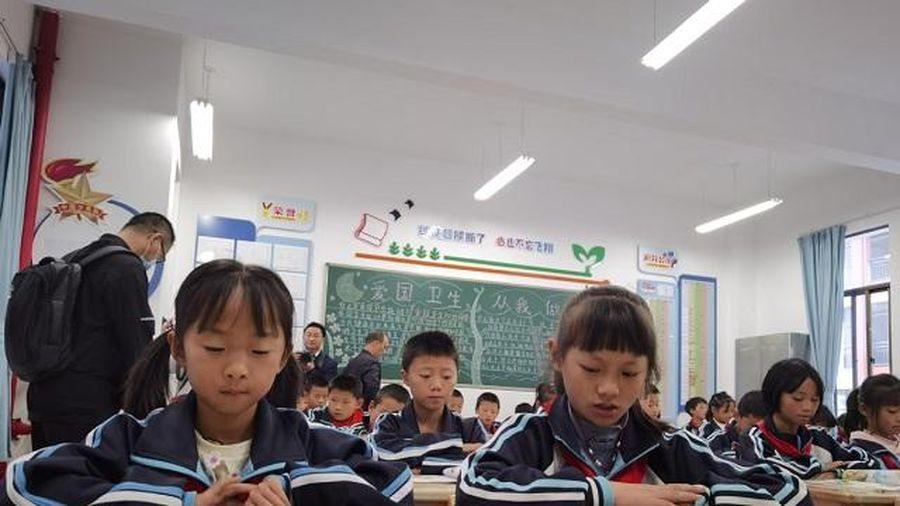 Trung Quốc: Vùng quê nghèo đạt kỳ tích trong GD