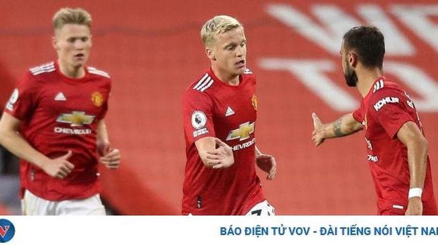 Van de Beek chỉ trích đồng đội sau khi ghi bàn trận ra mắt MU