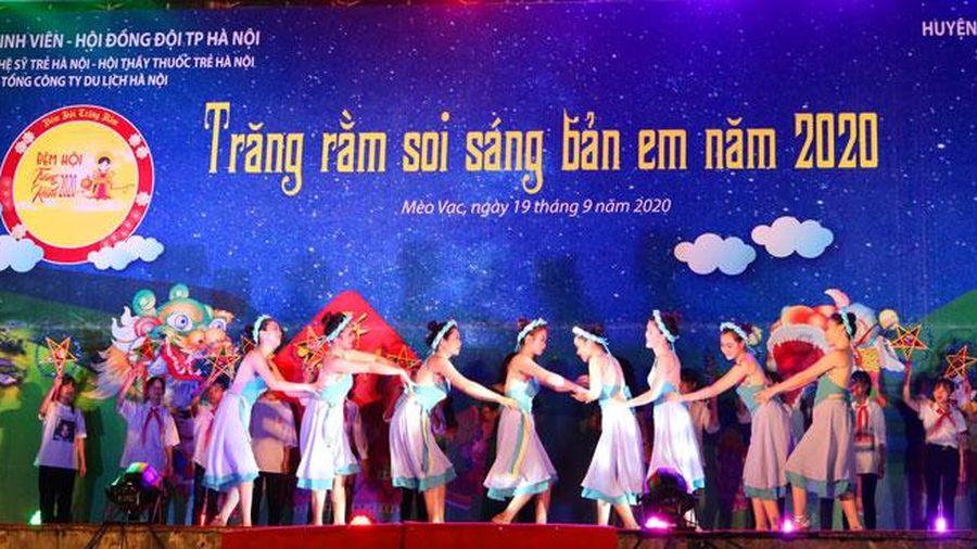 Tuổi trẻ Thủ đô tổ chức đêm hội trăng rằm cho thiếu nhi tỉnh Hà Giang