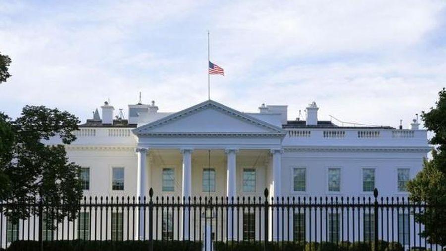 Mỹ: Phong bì chứa chất độc ricin gửi tới Nhà Trắng