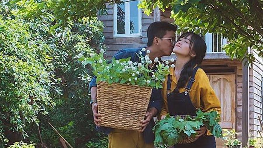 Cuộc sống giữa rừng sâu của 'công tử' Sài Gòn và vợ trẻ