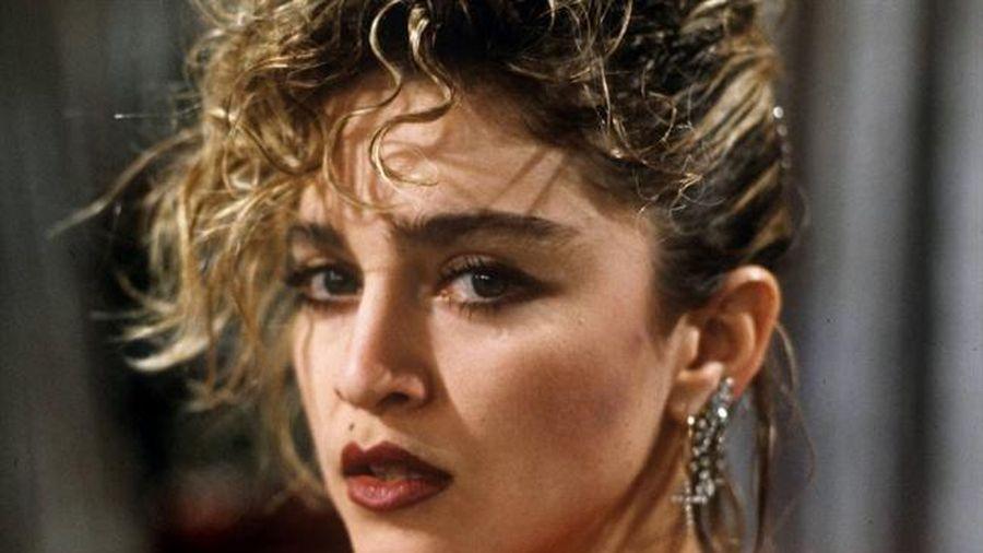 Madonna làm phim về thăng trầm trong cuộc đời mình