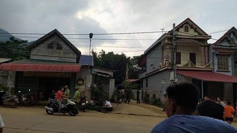 Người đàn ông bị hàng xóm ném gạch vào đầu, ngã ra đường tử vong