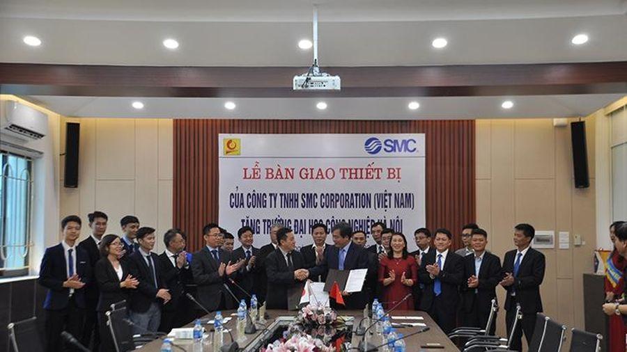 Trường Đại học Công nghiệp Hà Nội nhận tài trợ thiết bị giá trị hơn 2 tỷ đồng