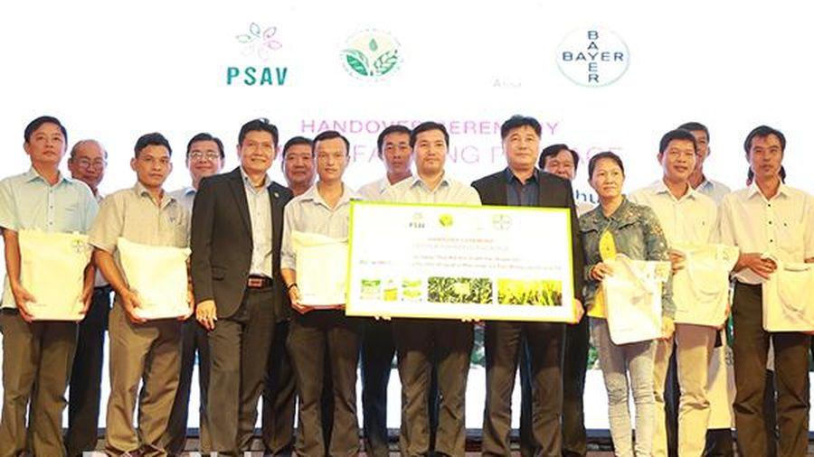 Gói giải pháp toàn diện hỗ trợ cho nông hộ sản xuất nhỏ