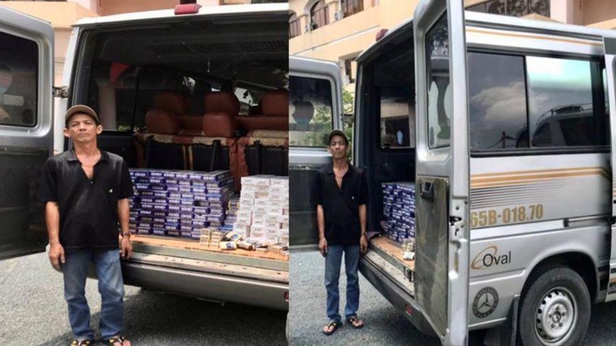 Bắt giữ ôtô vận chuyển 1.590 bao thuốc lá ngoại nhập lậu