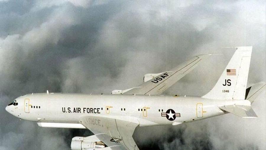 Trung Quốc tố máy bay Mỹ gây nguy hiểm ở Biển Đông