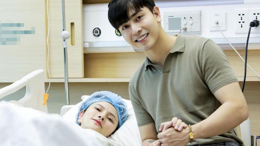 Ca sĩ Thu Thủy sinh con gái