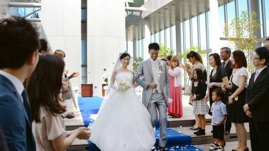 Nhật Bản 'giải cứu' kết hôn muộn