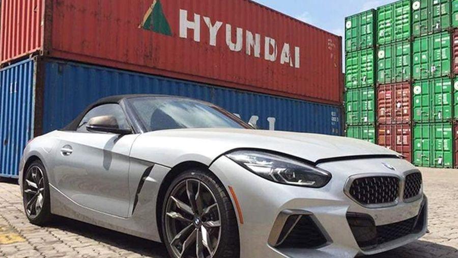'Đập thùng' BMW Z4 mui trần mới, hơn 3 tỷ đồng về Việt Nam